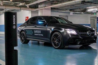 Daimler y Bosch reciben 'luz verde' en Alemania para su aparcamiento sin conductor