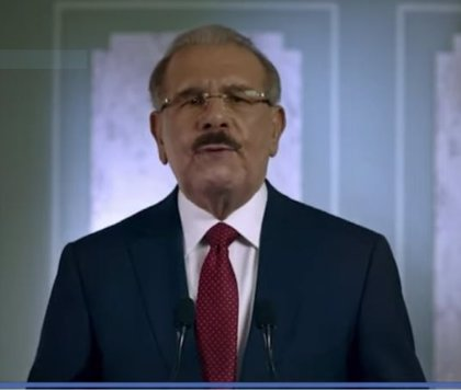 Danilo Medina se retracta en la intención de cambiar la Constitución dominicana para poder ser reelegido por tercera vez