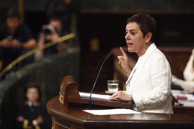 La portaveu d'EH Bildu al Congrés, Mertxe Aizpurua, intervé durant la segona sessió del debat d'investidura del candidat socialista a la Presidència del Govern.