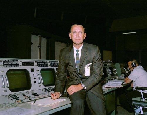 Chris Kraft, creador del control de misiones de la NASA