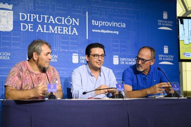El diputado provincial de Cultura, Manuel Guzmán, presenta el festival de Almócita