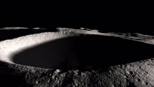 Cráter permanentemente sombreado en la Luna