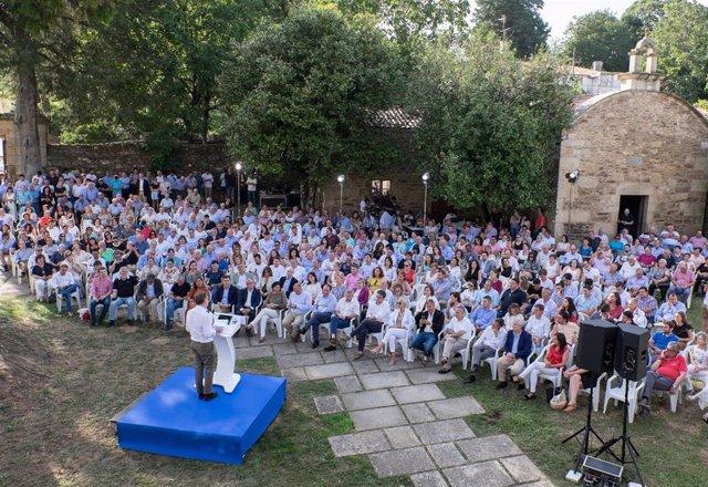 El presidente del PPdeG, Alberto Núñez Feijóo, en el acto organizado con motivo del Día de Galicia por su formación en Lalín