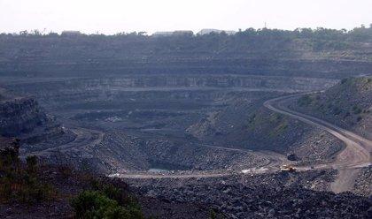 Una decena de heridos a causa de un derrumbe en una mina de carbón a cielo abierto en el este de India