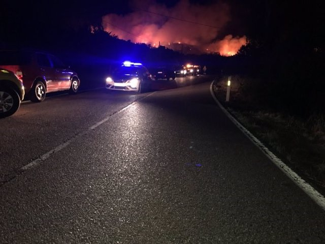 AMP 2.- Decretado el nivel 1 de alerta del Plan de Protección Civil por un incendio próximo a viviendas en El Berrueco