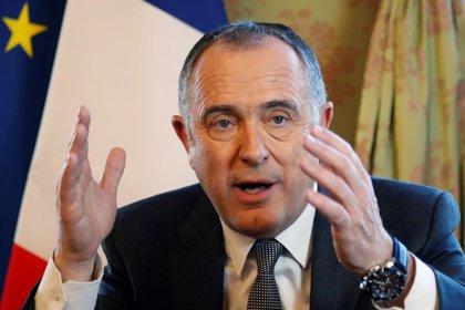 Francia dice que no habrá escenario de Brexit que pueda impedir que pescadores galos faenen en Reino Unido