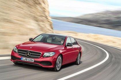 Las ganancias de Daimler se desploman un 78% en el semestre por unos extraordinarios de 4.200 millones