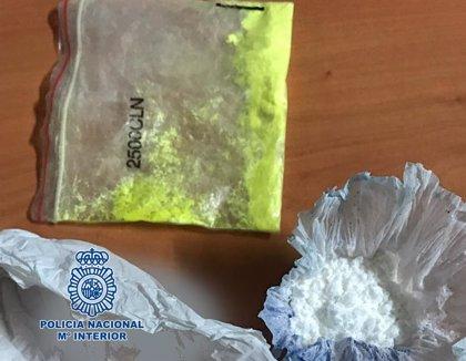 Detienen a un joven por tráficar con drogas en Las Verónicas