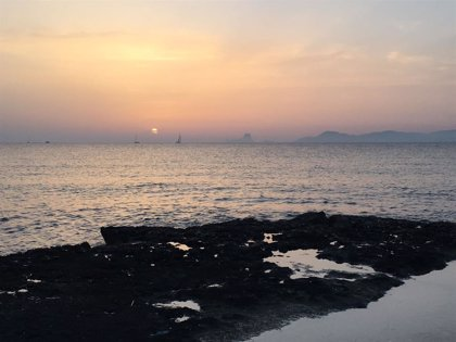 Inspeccionen platges de Formentera per comprovar si s'ha instal·lat un iglú que es promociona per passar la nit