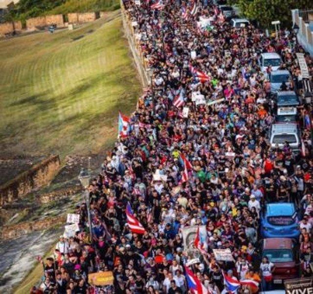 Manifestación contra Rosselló