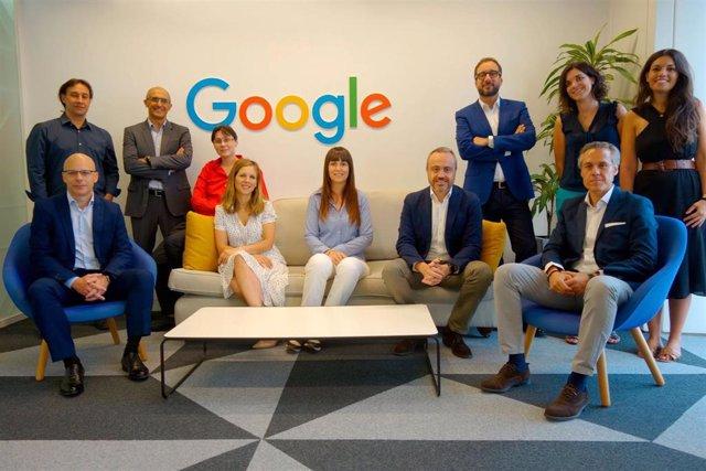 Equipos de trabajo para la alianza de Google Cloud, aTMIRA y Liberbank.