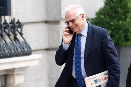 """Borrell, sobre las negociaciones para formar Gobierno: """"Hay razones para tener preocupación y para tener esperanza"""""""