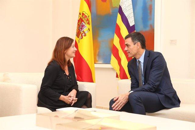 Francina Armengol y Pedro Sánchez, en una reunión oficial en La Moncloa.
