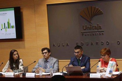 Analistas prevé que la economía andaluza crezca un 2,4% y la tasa de paro se sitúe en el 21,1% en 2019