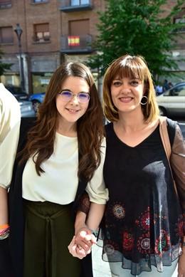 Gema Gómez (I) junto a Nuria Duque