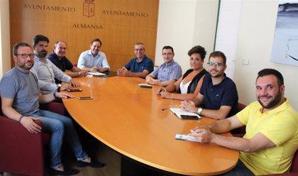 Núñez reclama al Gobierno regional sumarse a su propuesta de potenciar el Corredor Mediterráneo a su paso por Almansa