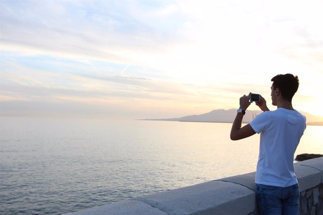 Turismo, fotos, puesta de sol, móvil, tecnologías