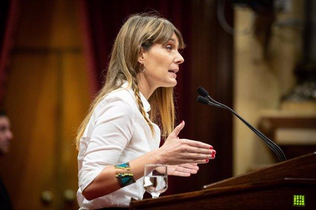 Jéssica Albiach (Catecp) Intervé Durant El Ple Del Parlament De Catalunya