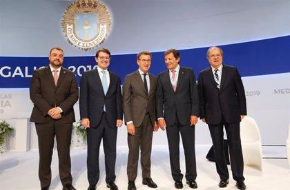Javier Fernández valora el lenguaje del acuerdo, la transacción y el compromiso alcanzado con Galicia y Castilla y León