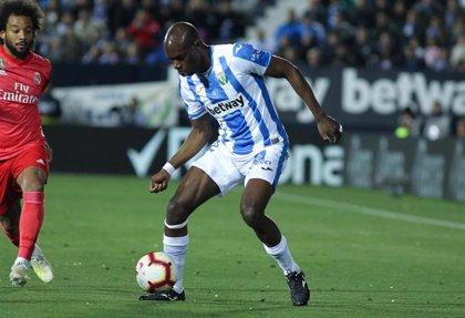 Allan Nyom, nuevo futbolista del Getafe para las dos próximas temporadas