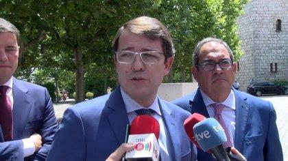 """El presidente de Castilla y León apuesta por """"seguir y mejorar"""" el diálogo con Galicia y Asturias"""