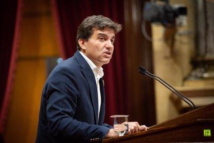 La dirección de ERC se reúne en el Parlament para abordar la investidura de Sánchez