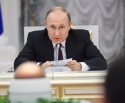 Putin felicita a Johnson y muestra su deseo de una mejora de las relaciones entre Rusia y Reino Unido