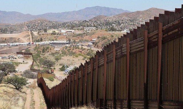 Imagen de la frontera entre EEUU y México.