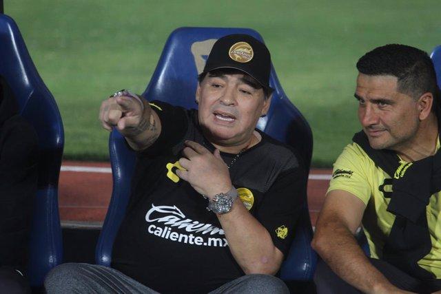 Diego Armando Maradona en su etapa como técnico del Dorados mexicano