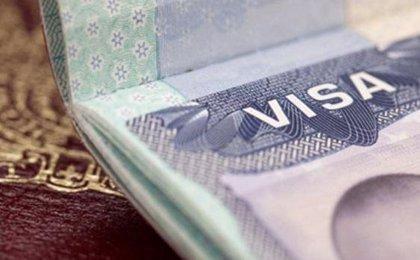 """Panamá anuncia que se suspenden """"temporalmente"""" las tarjetas de turismo para cubanos"""