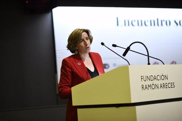 La secretaria de Estado de Economía y Apoyo a la Empresa, Ana de la Cueva,  interviene en el encuentro sobre 'Políticas Públicas en Inversión de Impacto' en la Fundación Ramón Areces