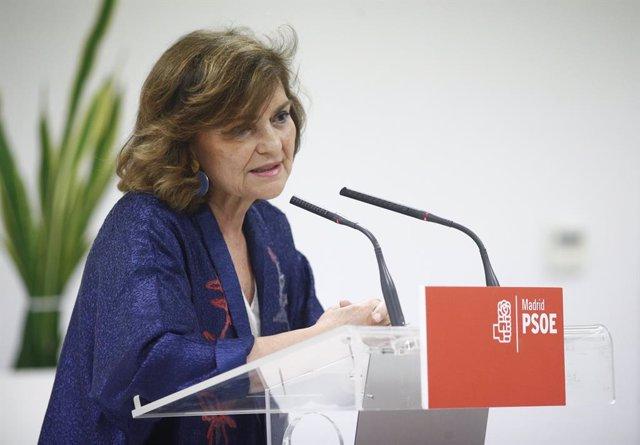 La vicepresidenta del Govern en funcions, Carmen Calvo, intervé en l'acte en contra de la gestació subrogada '#NoSomosHornos' organitzada pel PSOE-M en Alcorcón, Madrid.
