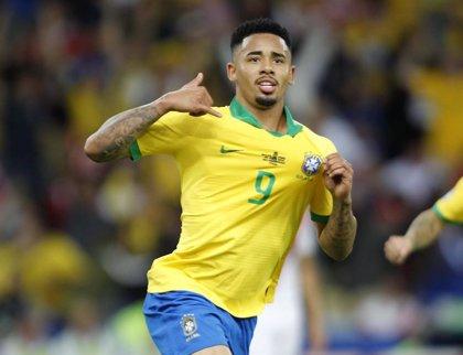 Brasil se sitúa segunda del ranking FIFA y España baja al  noveno puesto