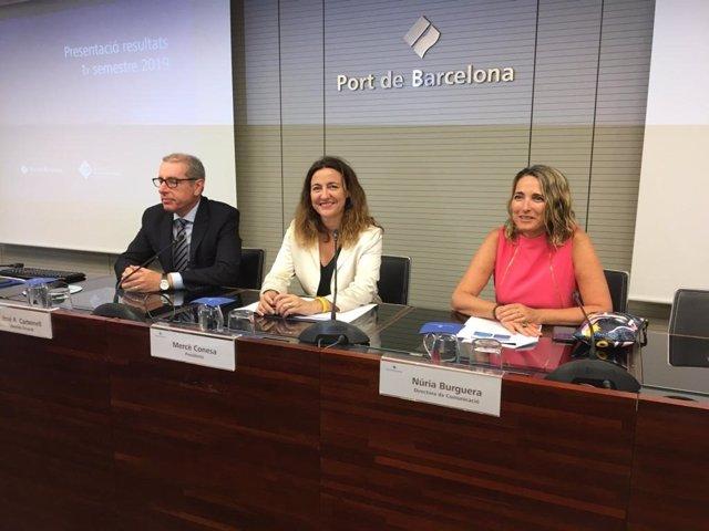 El director general del Port de Barcelona, José Alberto Carbonell; la seva presidenta, Merc Conesa, i la directora de comunicació, Núria Burguera