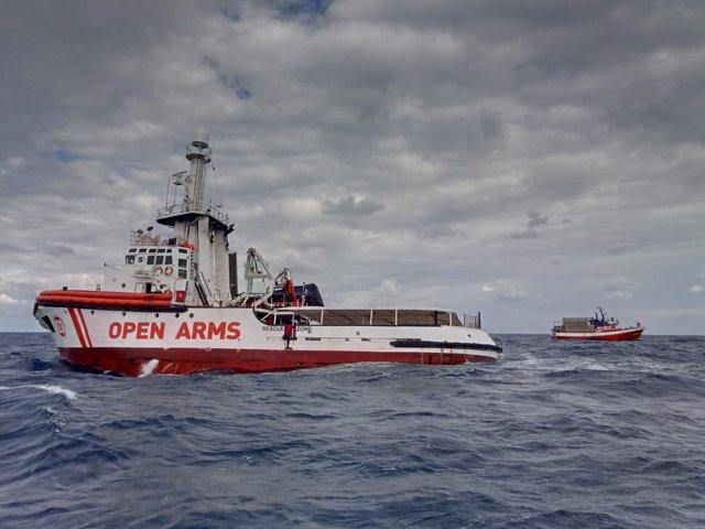 El Gobierno advierte al Open Arms de que si rescata migrantes puede ser multado con hasta 900.000 euros