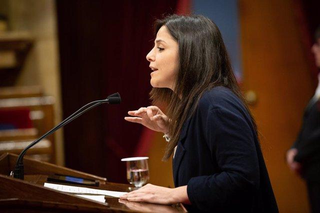 Maria Sirvent (CUP) intervé en el ple del Parlament de Catalunya
