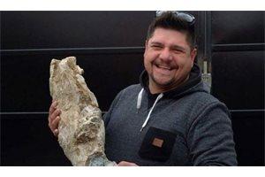 Un argentino descubre restos fósiles de un mastodonte de más de 10.000 años en su camión