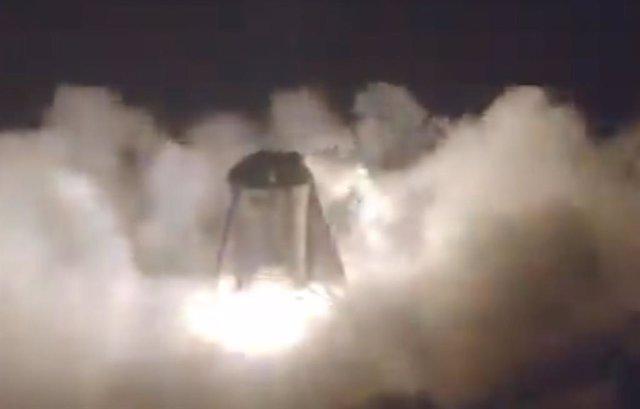 Prueba sin anclajes del cohete Starhopper
