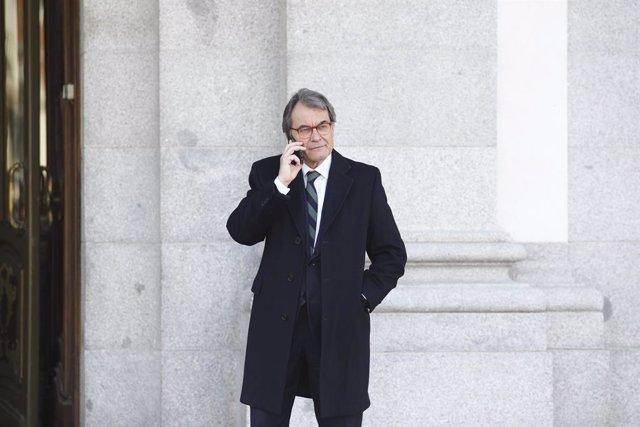 El expresidente de la Generalitat de Cataluña, Artur Mas, a la salida del Trubunal Supremo tras declarar como testigo en el juicio del procés, durante la octava jornada.  ARTUR MAS ;