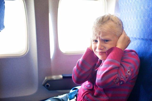 Cómo evitar el dolor de oídos en el avión