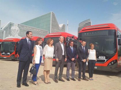 Presentados 17 nuevos buses híbridos, a los que se sumarán otros 18 articulados y 4 eléctricos en septiembre