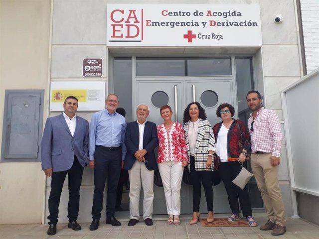 Rumí, a las puertas del centro para inmigrantes abierto en la capital de Almería