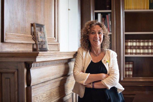 La consellera de Justícia de la Generalitat, Ester Capella, posa durant la seva entrevista amb Europa Press.