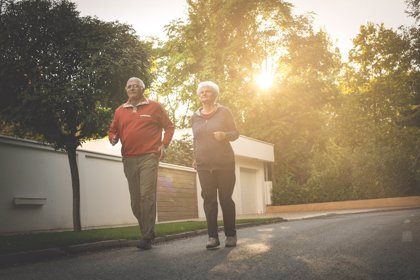 Andar lento aumenta el riesgo de desarrollar problemas motores en los próximos ocho años