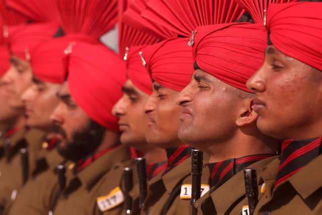 Militares indios en un desfile por  Rangreth