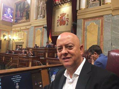 """Elorza (PSOE) cree que, si no hay rectificación de Iglesias, su disposición al diálogo será """"una tomadura de pelo"""""""