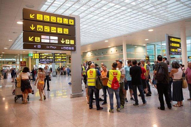 Imágenes de la huelga del personal de tierra de Iberia en Barcelona (Aeropuerto Josep Tarradellas Barcelona-El Prat).