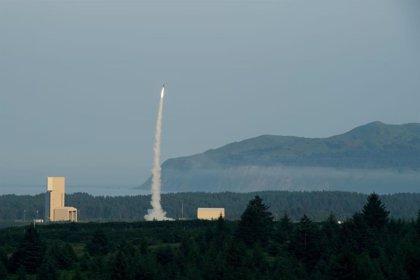 Israel confirma el éxito de su escudo antimisiles orbital Arrow-3, que enmarca como una advertencia a Irán