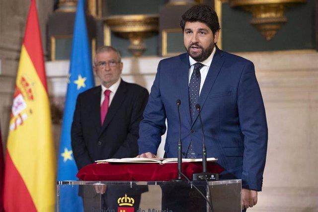 Fernando López Miras toma posesión de su cargo como presidente de la Comunidad