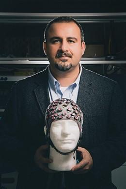 Nuri Ince, profesor asociado de ingeniería biomédica en la Universidad de Houston.